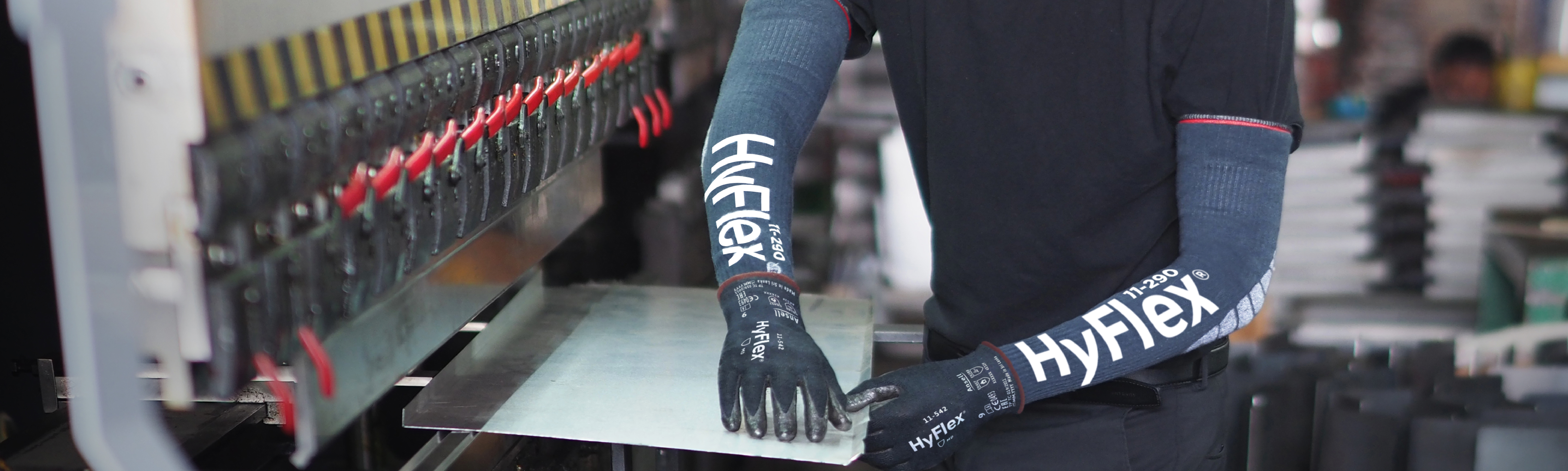 Cut resistant glove and sleeve working in hazardous environment.