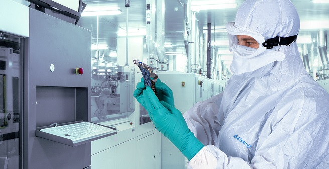 Microflex 93-360 Cleanroom PPE: Protecting the Wearer and the Product